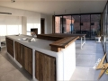 Meuble cuisine  bois de récuperation pool house