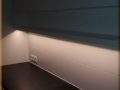Meuble sur mesure suspendu avec éclairage intégré