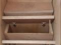 Trappe_de_rangement_sous_escalier.jpg