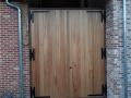 Porte extérieur en bois exotique